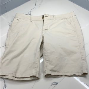 American Eagle Bermuda khaki Shorts
